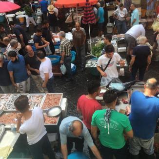 Foto van vismarkt in Catania